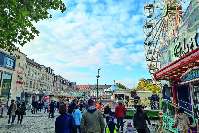 Herbstvergnügen statt Michaelis-Kirchweih. Gut was los.