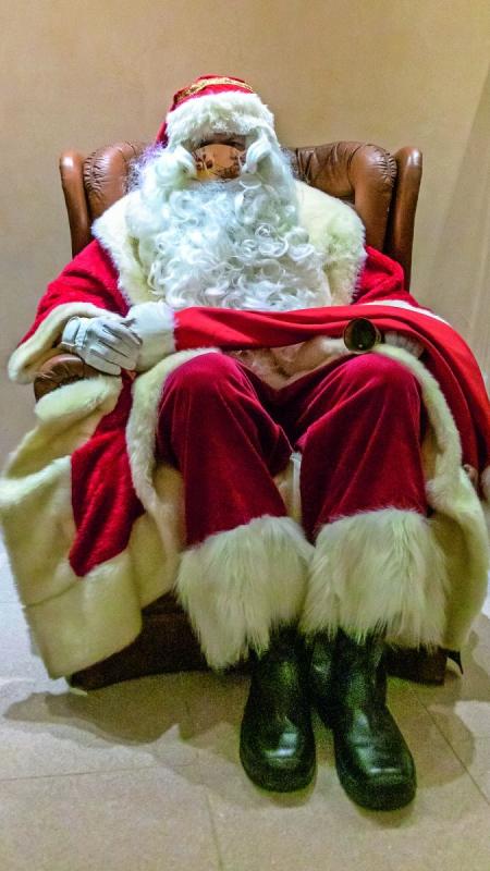 Der Weihnachtsmann zu Coronazeiten.